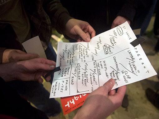 Now that's a setlist. Slideshow here - JON GITCHOFF