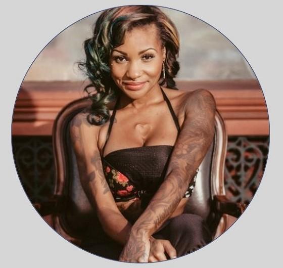 Bills headed to the Board of Aldermen could help entrepreneurs like tattoo artist Valencia Miller - IMAGE VIA