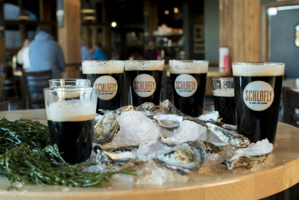 3 Reasons Why Beer Is Better with Oysters Than Champagne. Really!