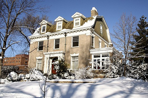 A stately home in St. Louis' Compton Heights neighborhood. - PHOTO COURTESY OF FLICKR/DUSTIN PHILLIPS
