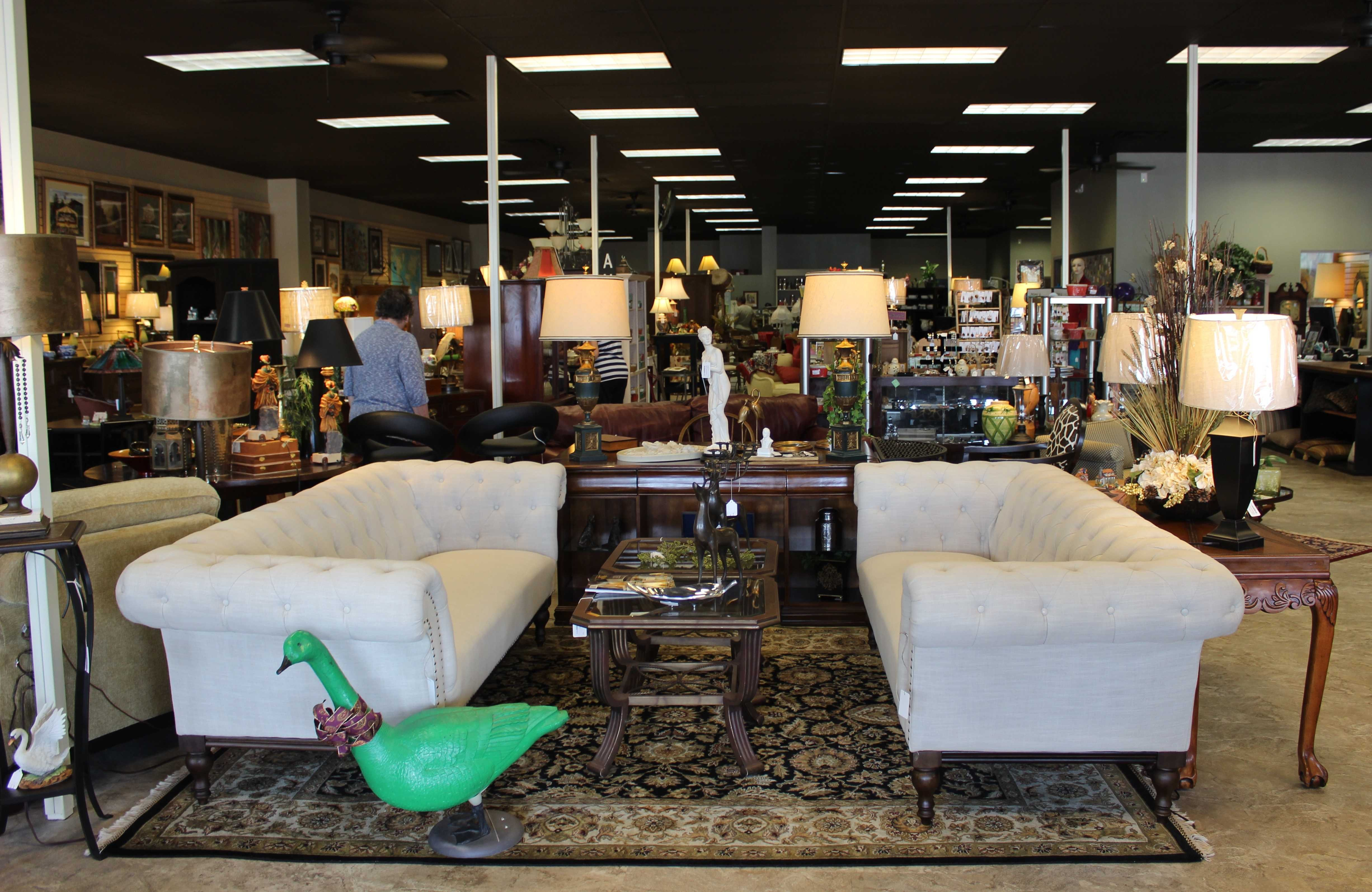 Wondrous The Green Gooses Second Location Now Open In Webster Groves Home Interior And Landscaping Analalmasignezvosmurscom