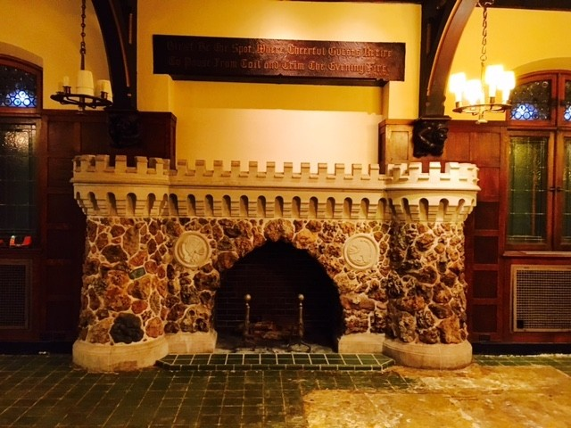 That's some fireplace. - COURTESY OF DAS BEVO