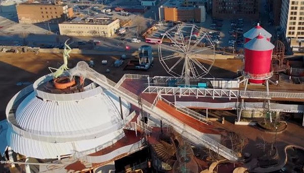 We don't need no water let that Ferris Wheel turn. - SCREENSHOT VIA YOUTUBE