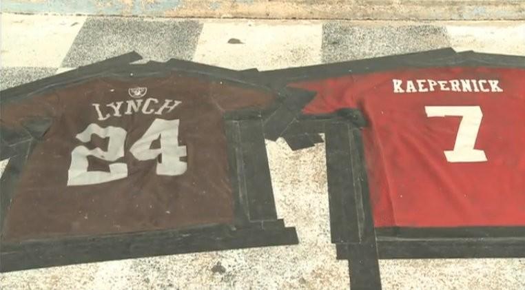 online store 7f95a 41dd3 Ozark Bar Spells Out 'Lynch Kaepernick' in Side-by-Side ...