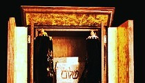 Did the Dybbuk Box, the Haunted Relic Behind <em>The Possession</em>, Try to Kill One Last Time?