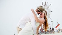 "St. Louis Couple Gets Married at Burning Man: ""A Beautiful Dream"" (PHOTOS)"