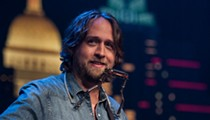 Singer-Songwriter Hayes Carll to Perform at Off Broadway Tonight