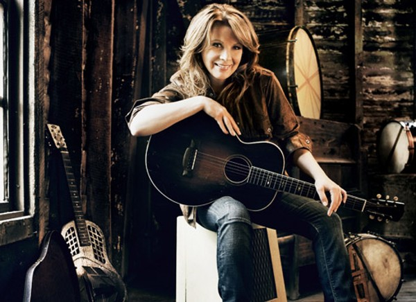 interview outtakes  patty loveless  playing at the sheldon