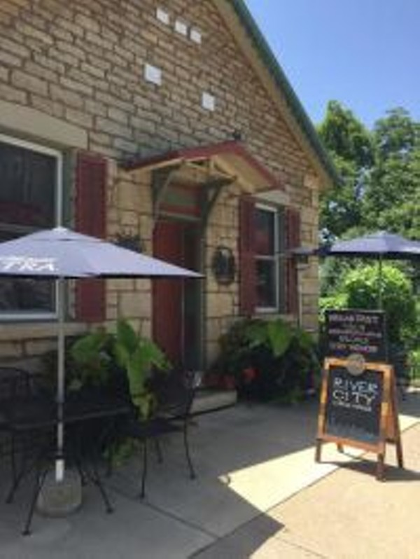 Cider house in grafton plagued by high tide food blog for Grafton house