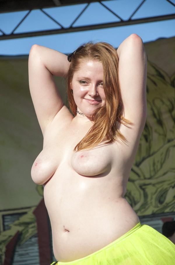 Goth boobs slideshow movies free pantyhose porn