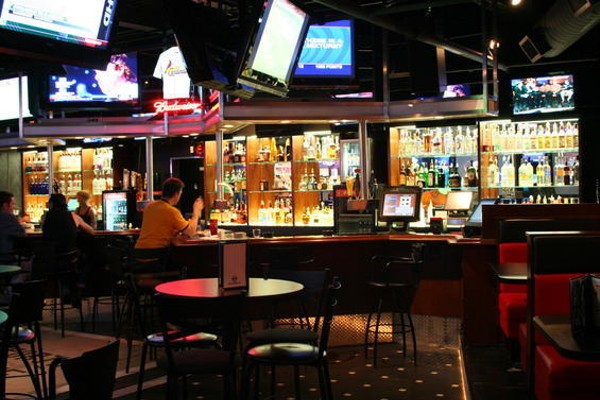 St louis sports zone webster groves bar food for Food bar t zone