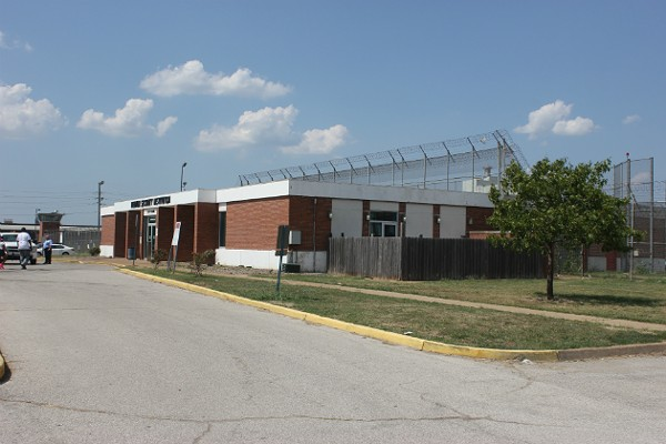 St Louis Hot As Hell Workhouse Jail Could Get Temporary