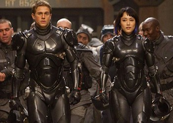 <I>Pacific Rim</I>, Above Your Typical Noisy Summer Bonecrusher Extravaganza