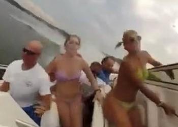 Crazy Lake of the Ozarks Boat Crash Footage Goes Viral [VIDEO]
