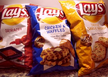Taste Test: Lay's New Sriracha, Chicken and Waffles and Cheesy Garlic Bread Chips