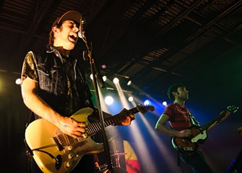 Photos + Review + Setlist + Video: The Black Lips Destroy The Firebird, Wednesday, April 7