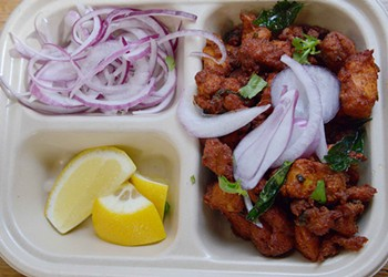 Curry Club Brings Indian Favorites to Chesterfield — Fast
