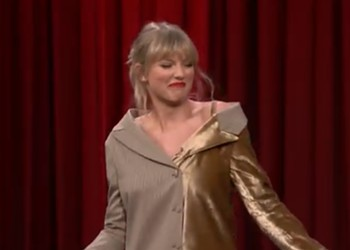 Taylor Swift Dances to Classic Nelly Song, Embarrasses All of St. Louis