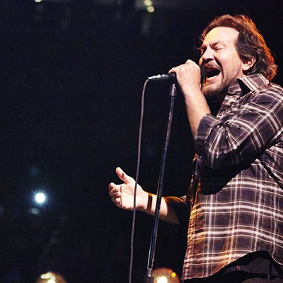 Pearl Jam at Scottrade Center