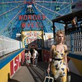 <i>Wonder Wheel</i> Soars, Thanks to Its Excellent Performances