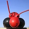 Balloonatics: Hey kid, wanna see my balloon dog?