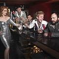 With A-list fans and loyal listeners around the globe, the Scissor Sisters continue to get its groove on with <i>Ta-Dah</i>.