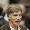 Stan Kroenke Advances to Next Round of Dodgers Bidding