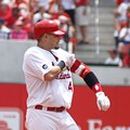 Yadier Molina Sticking Around for Awhile