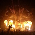 Mötley Crüe Bids Farewell to a Packed House at the Verizon Wireless Amphitheater