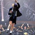Review: AC/DC at the Scottrade Center, Tuesday, January 13 + Photos + Setlist