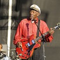 Chuck Berry performs at Virgin Mobile Festival in Balitmore