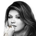 Kelly Clarkson is Coming to the Fox