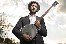 CHRIS STRONG - William Elliott Whitmore: Banjo? I hardly knew her.