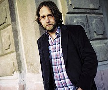 KEITH CARTER - Hayes Carll: Looking for trouble?