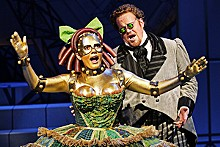 KEN HOWARD - Looking for love: Ailyn Pérez and Garrett Sorenson in The Tales of Hoffmann.