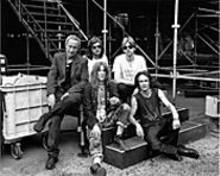 YOSHIE  TOMINAGA - Wild Horses: Patti Smith and her band.
