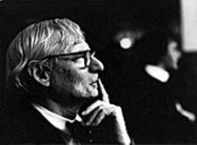 ROBERT  LAUTMAN - Building blocks: The life story of Louis I. Kahn is - reconstructed through his Son's Journey.