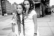 Les Nubians (Clia and Hlne Faussart)