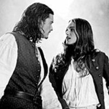 Orlando Bloom and Keira Knightley in Pirates of the Caribbean: The Curse of the Black Pearl