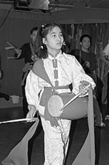 Chinese Modern School waist dancer
