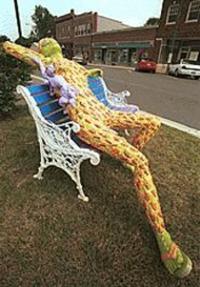 JENNIFER  SILVERBERG - Connie Mielkes Summer Daze is an act of public-art vandalism on unsuspecting OFallon, Ill.