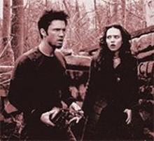 ABBOT  GENSER - Jeffrey Donovan and Erica Leerhson in Blair Witch 2: Book of Shadows