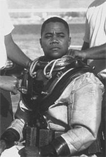 Cuba Gooding Jr. in Men of Honor
