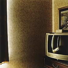 David Hanlon, Hotel Room: Sharonville, Ohio, 2005. Chromogenic color print, 14.5 x 14.5 inches. Courtesy of the artist.