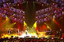 LEWIS LEE - Trans-Siberian Orchestra: Metal up your Christmas.
