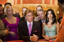 Ellen Barkin (left) and Al Pacino (right) roll the dice on Ocean's Thirteen  but audiences don't strike it rich.