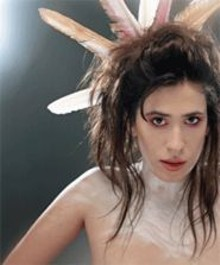 MICHAEL  CROOK - Imogen Heap: Get your quarter-life crisis on.