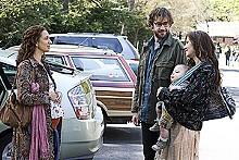 FRANÇOIS DUHAMEL - Hipster trip: Maya Rudolph, John Krasinski and Maggie Gyllenhaal in Away We Go.