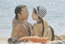 At least Matthew McConaughey (left) and Penélope Cruz (right) got a relationship out of this steamin' pile.