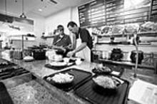 JENNIFER  SILVERBERG - Look, Ma, no fries: SanSai Japanese Grill serves fresh food fast
